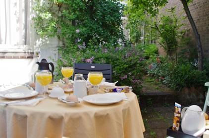 Bed and Breakfast Den haag | Bed and Breakfast Kussengevecht Den Haag | 0